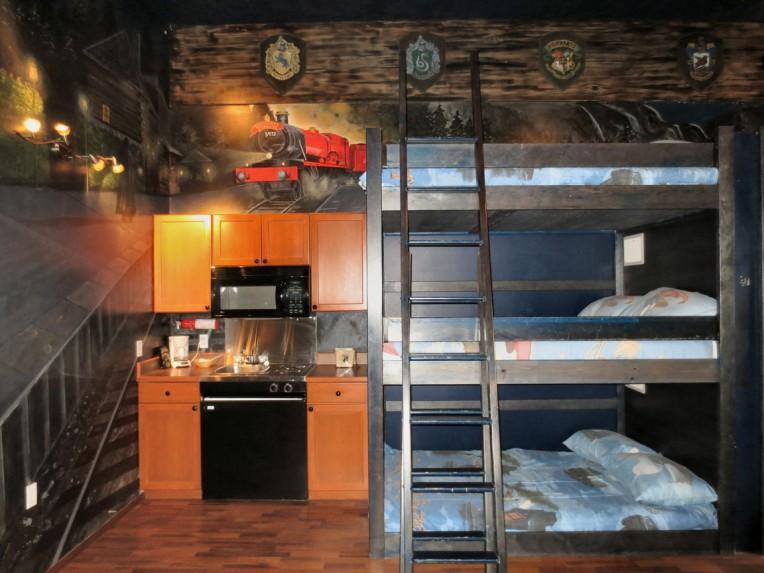 Castlegar Super 8 room in British Columbia